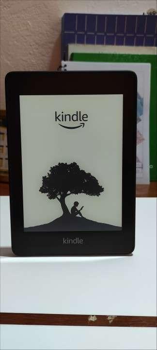 E-reader Kindel Paperwhite black 10° generación - 2