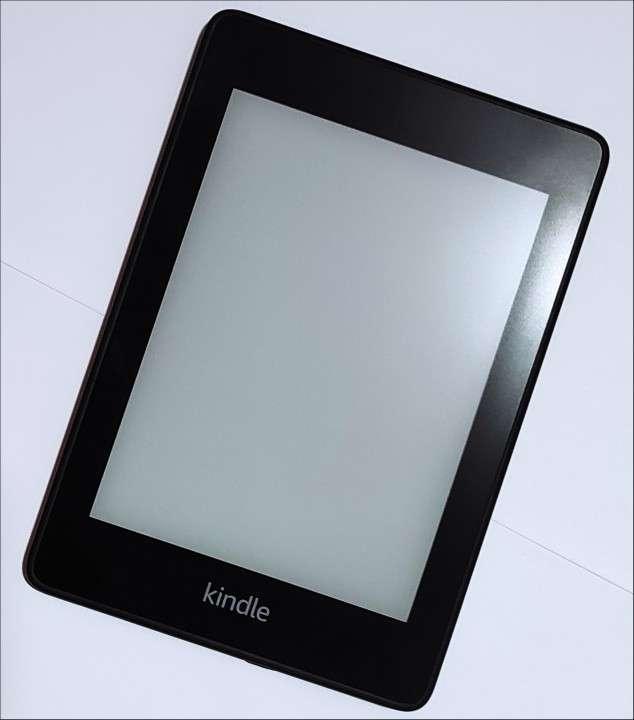 E-reader Kindel Paperwhite black 10° generación - 3