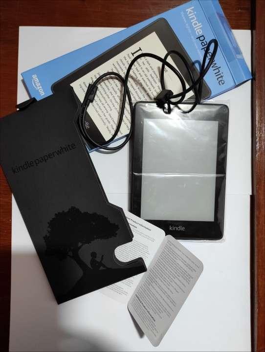 E-reader Kindel Paperwhite black 10° generación - 4