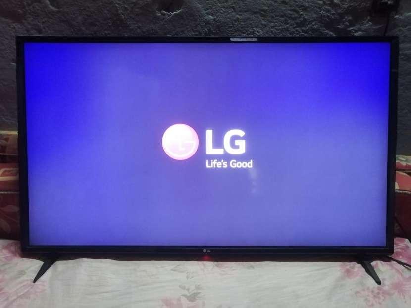 LG Smart TV IA 43 pulgadas - 0