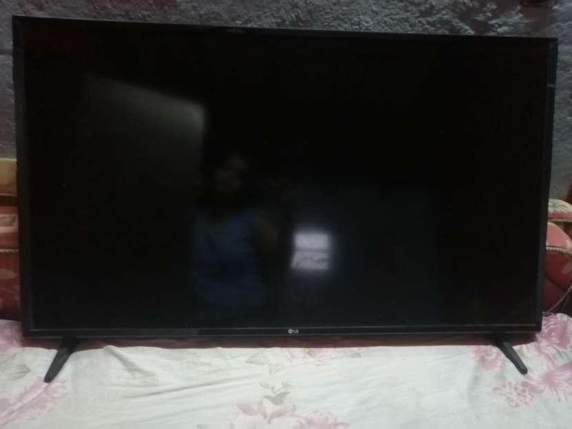 LG Smart TV IA 43 pulgadas - 1