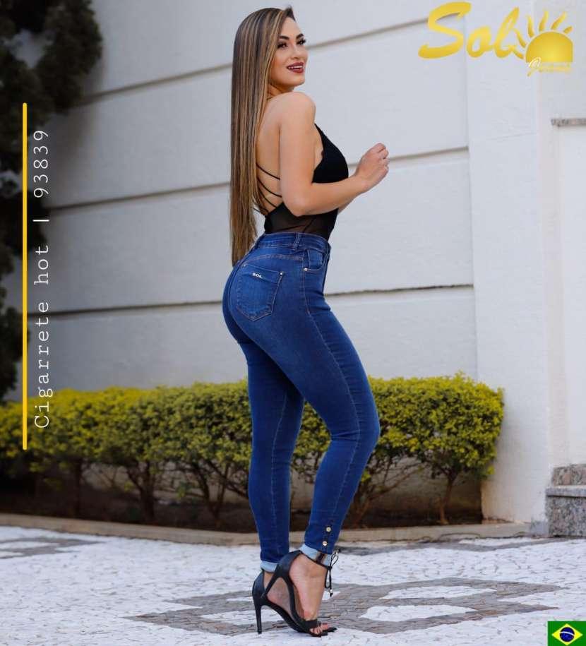 Jeans brasilero con botón en el tobillo doblado SOL93839 - 1