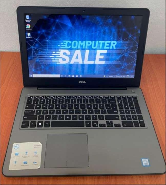 """Dell 5567 Intel i5 15.6"""" SSD - 0"""