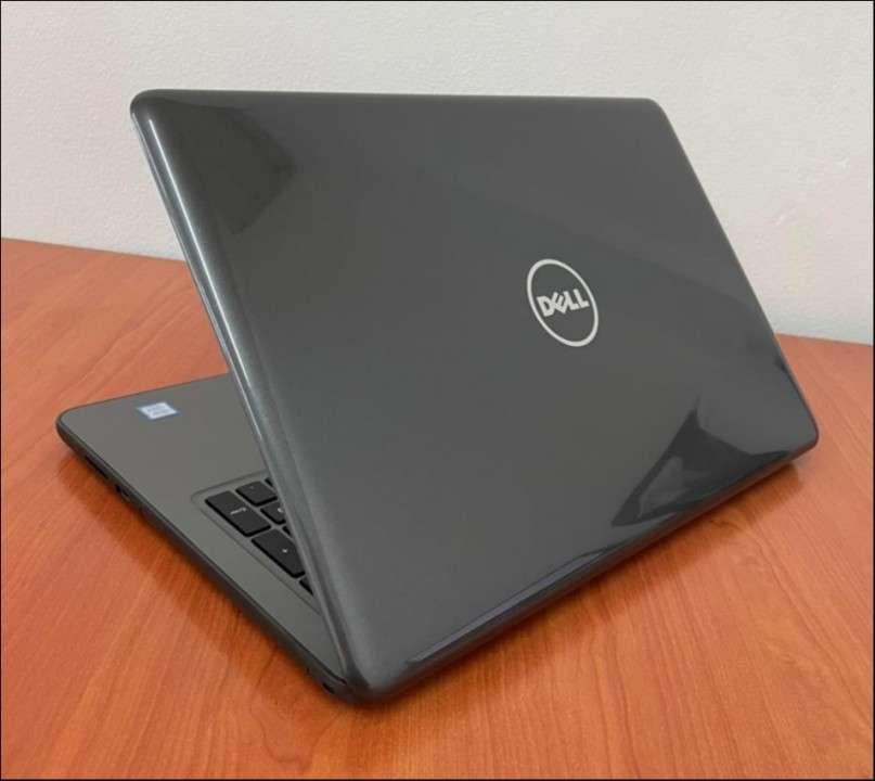 """Dell 5567 Intel i5 15.6"""" SSD - 8"""
