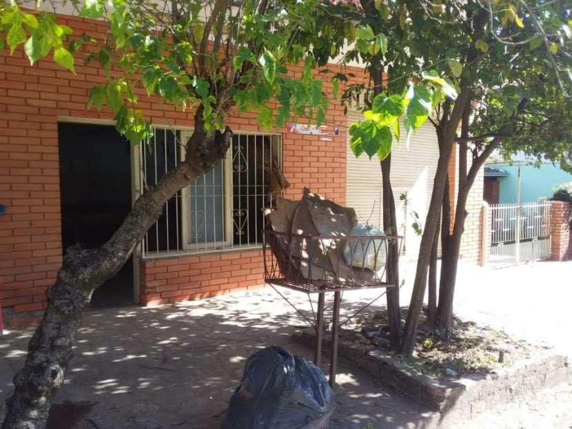 Local en Barrio Jara - 2
