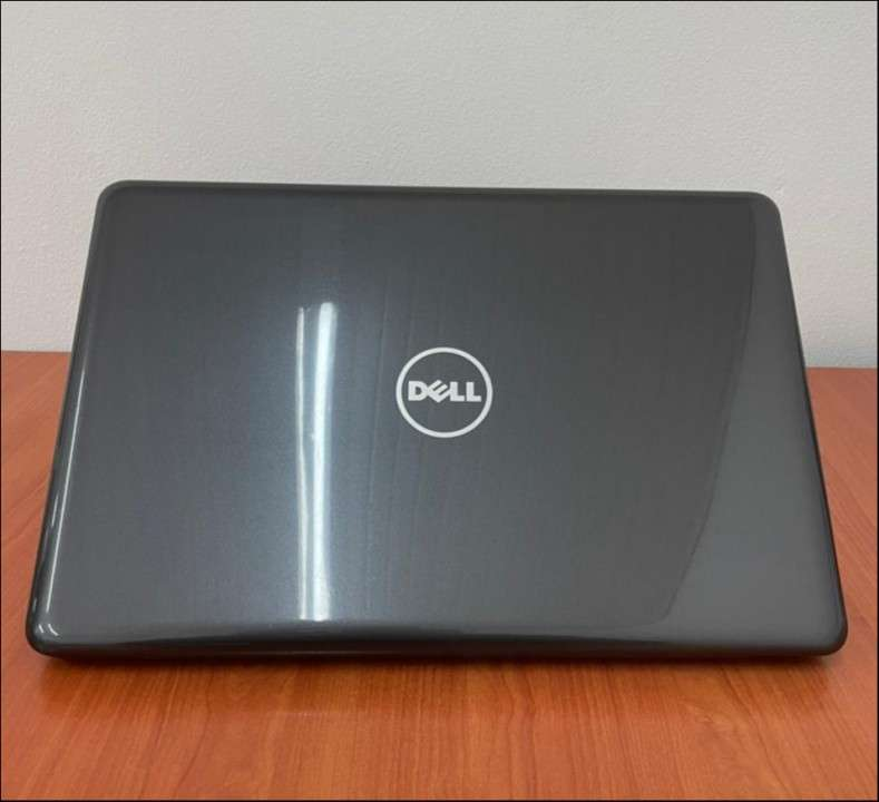 """Dell 5567 Intel i5 15.6"""" SSD - 1"""