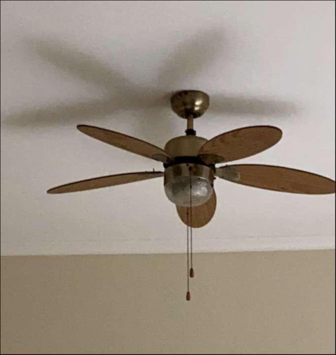 Ventilador de techo c/ luz - 0