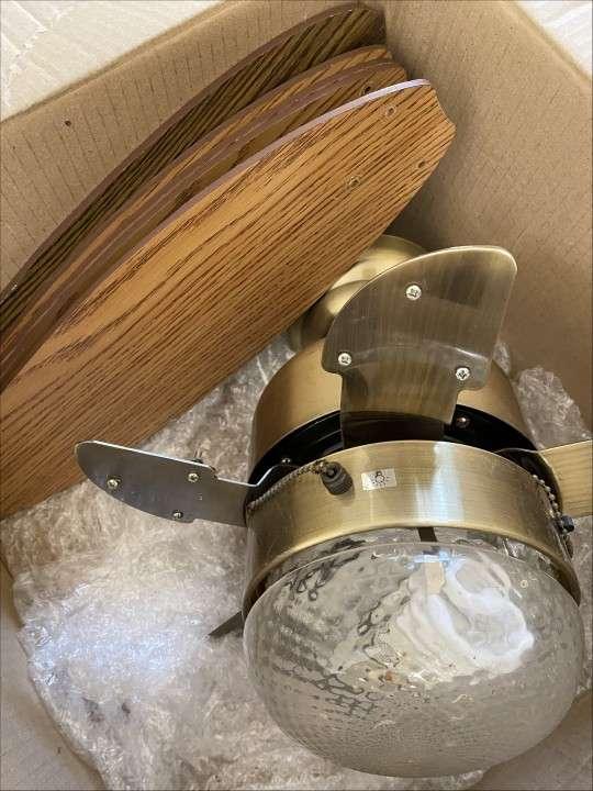 Ventilador de techo c/ luz - 2