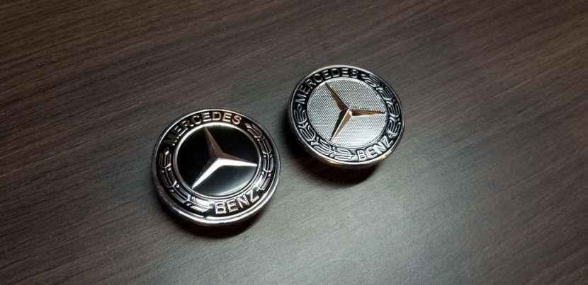 Emblema de Capot para Mercedes Benz - 0