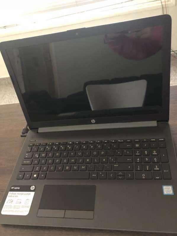 Notebook HP i5 8th generación - 0