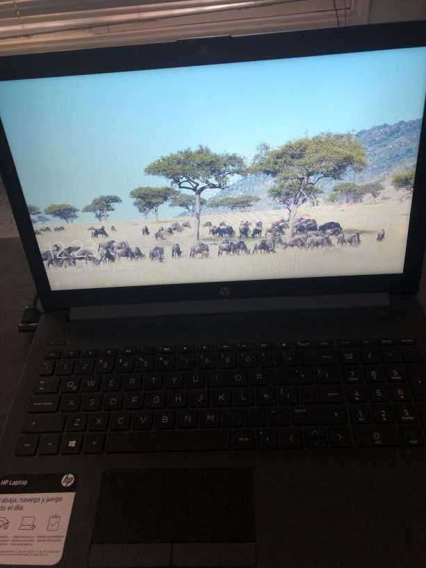 Notebook HP i5 8th generación - 3