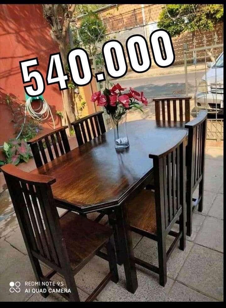 Comedor con 6 sillas - 0