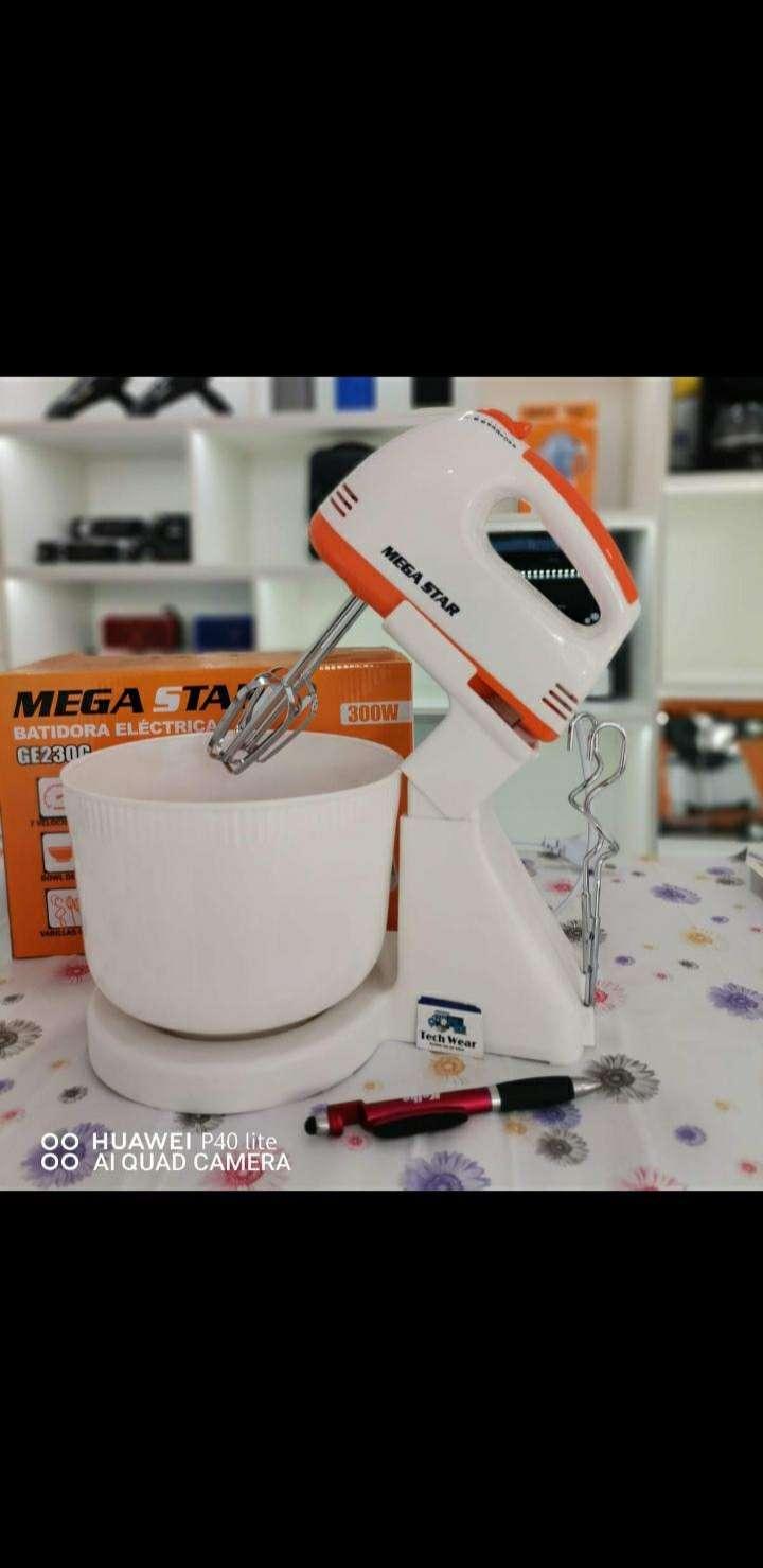 Batidora Mega Star con bowl - 0