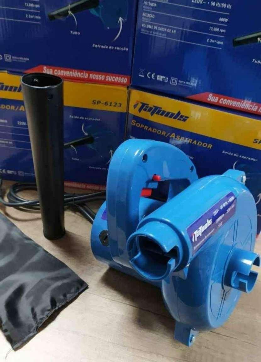 Sopladora y aspiradora 220V - 2