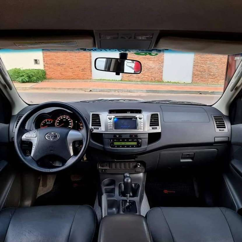 Toyota Hilux srv 2013 motor 3.0 turbo diésel intercooler automático 4x4 - 2