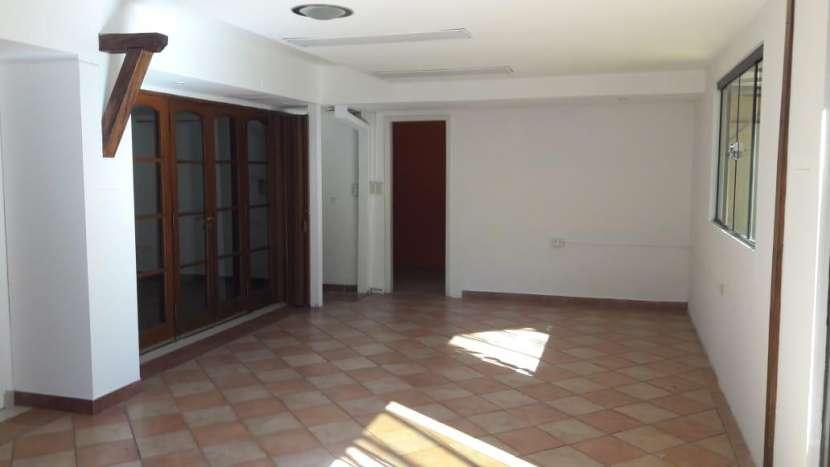 Casa ideal para oficina en Villa Morra - 3