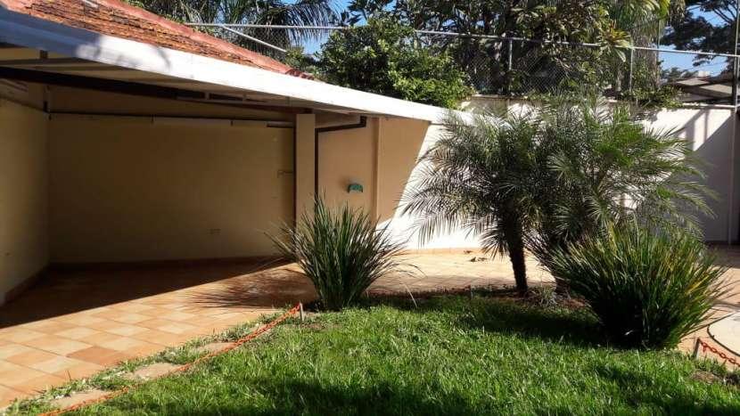 Casa ideal para oficina en Villa Morra - 7