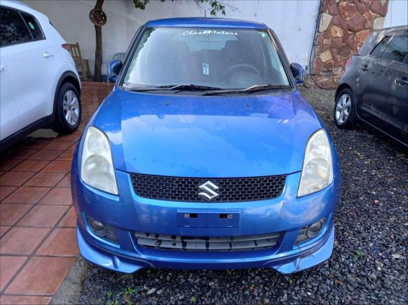Suzuki Swift 2010 - 1