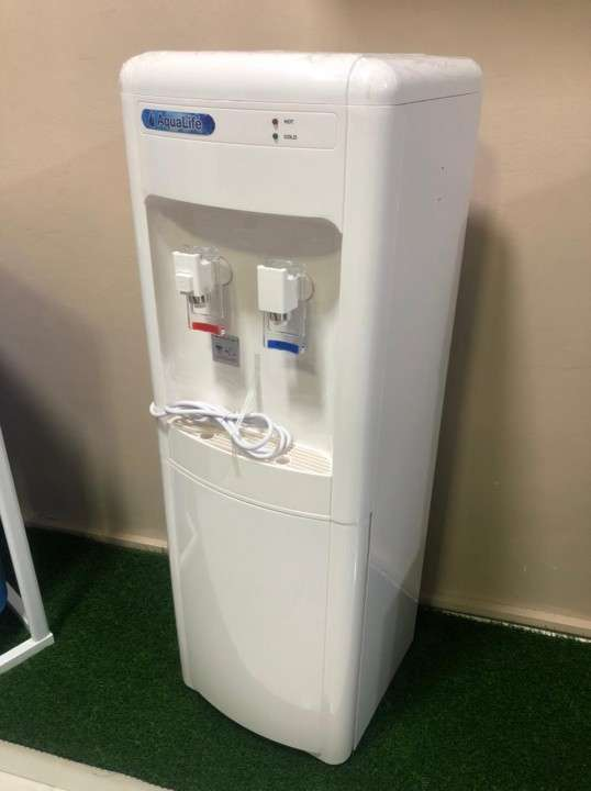 Bebederos purificadores de agua - 1