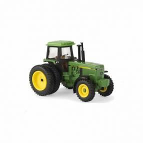 Tractor John Deere 4955 logo FFA