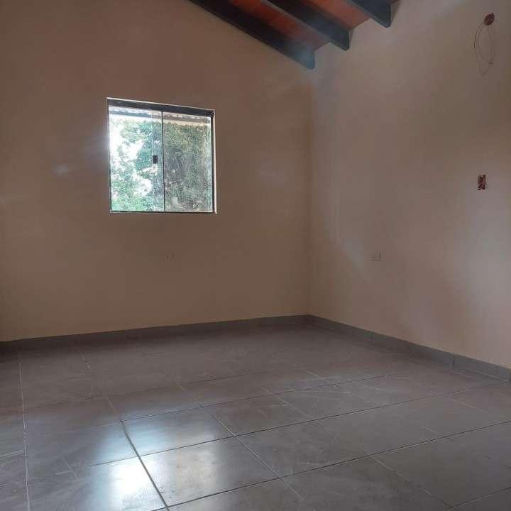 Casa a estrenar en Ñemby Barrio Caaguazú - 4