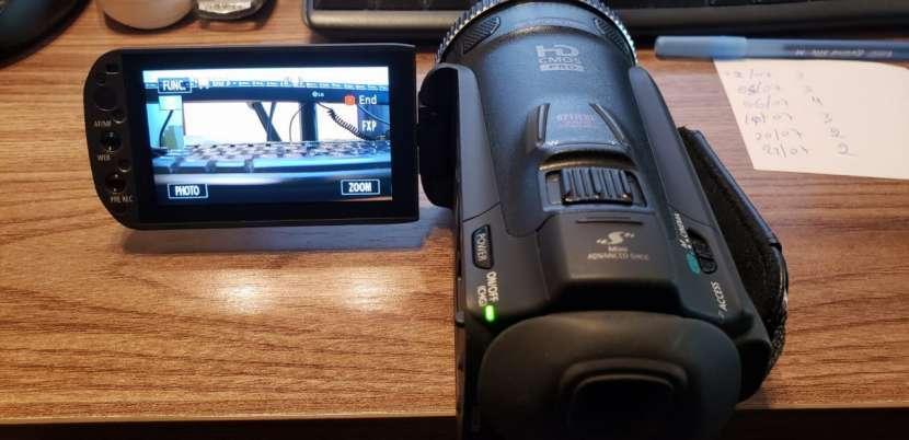 Cámara filmadora Canon Vixia HF G20 - 3