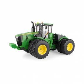 Tractor John Deere 9620R a escala
