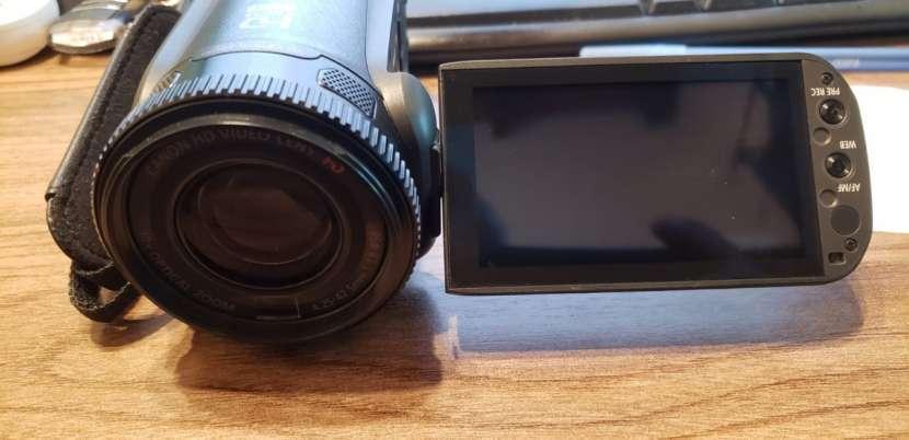 Cámara filmadora Canon Vixia HF G20 - 2