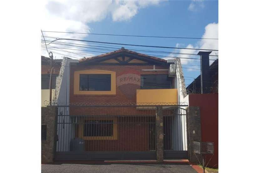 Duplex en Lambaré zona Hiperpueblo - 0