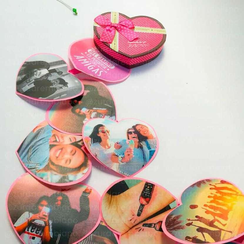 Caja corazón sorpresa con 12 fotos personalizado - 0
