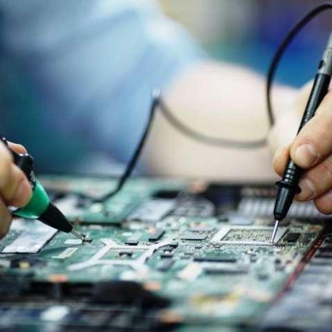 Reparación y mantenimiento de computadoras y notebook - 1