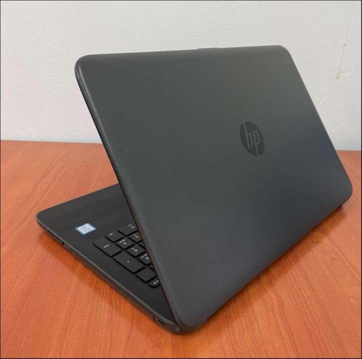 HP 250 G5 Intel i5 6200u 8 gb RAM SSD - 5