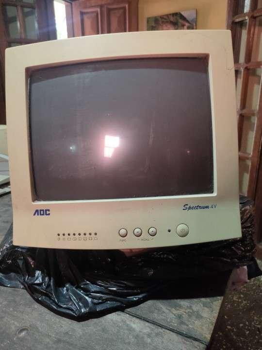 Monitor AOC y BenQ antiguos - 0