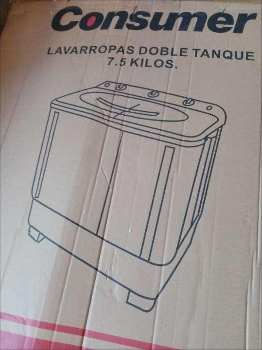 Lavarropas doble tanque Consumer de 7,5 Kg - 0