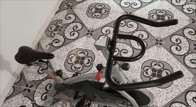 Bicicleta estática Athletic - 2