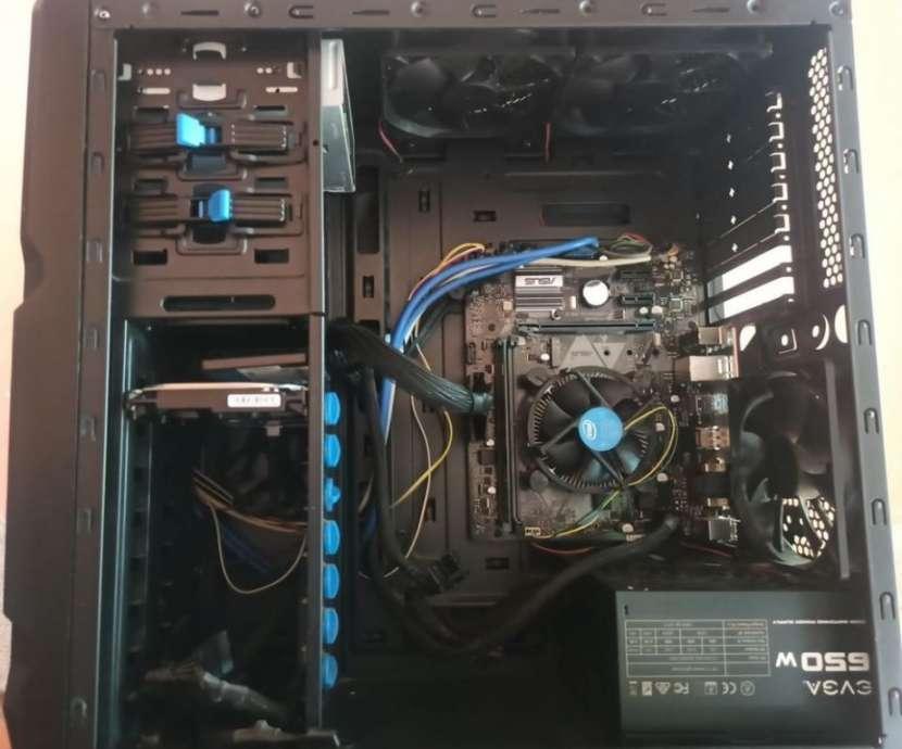PC i7 Novena Generación - 0