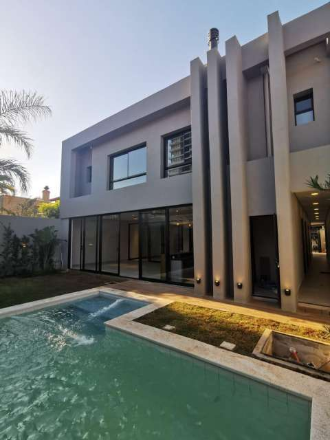 Casa moderna a estrenar en Mburucuyá - 0