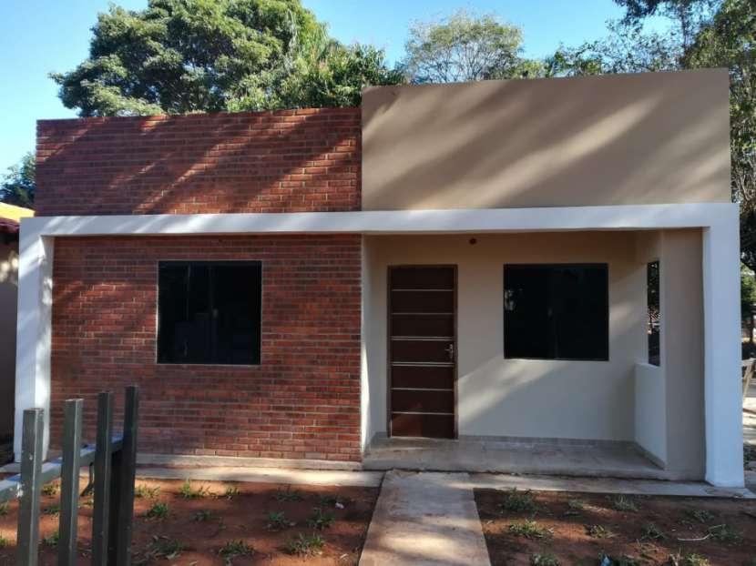 Casa a estrenar con gran patio en San Antonio - 0