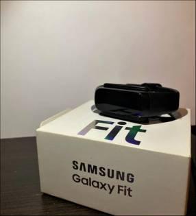 Smartwatch Samsung Galaxy Fit SM-R370 reloj inteligente