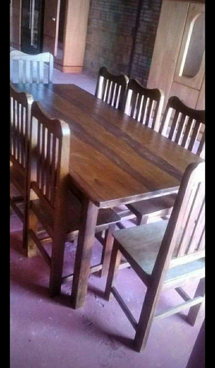 Juego de comedor con 8 sillas - 0