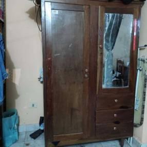Ropero de madera 2 puertas