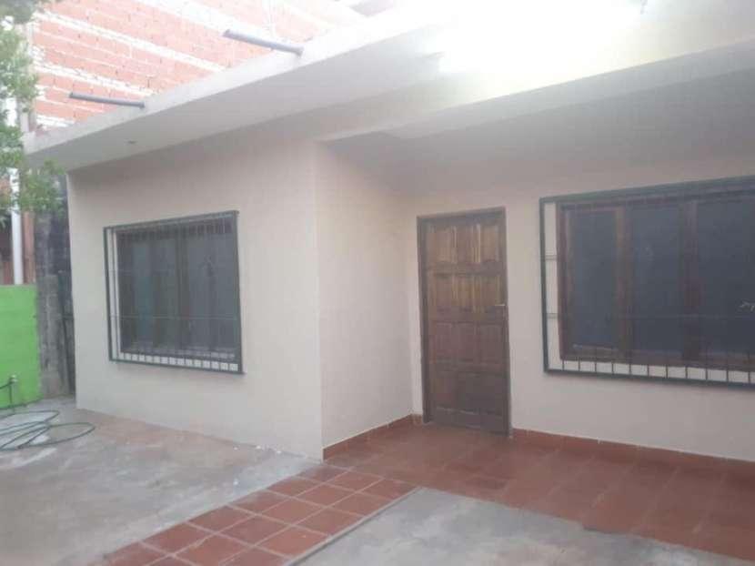 Casa con piscina en Fernando de la Mora zona Sur - 2