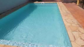 Casa con piscina en Fernando de la Mora zona Sur