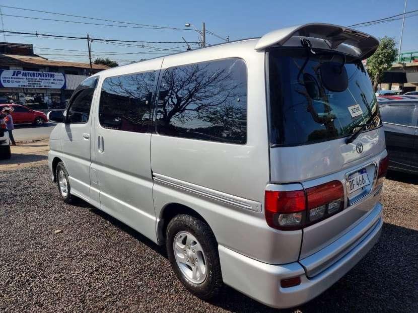 Toyota Hiace 1999 - 8