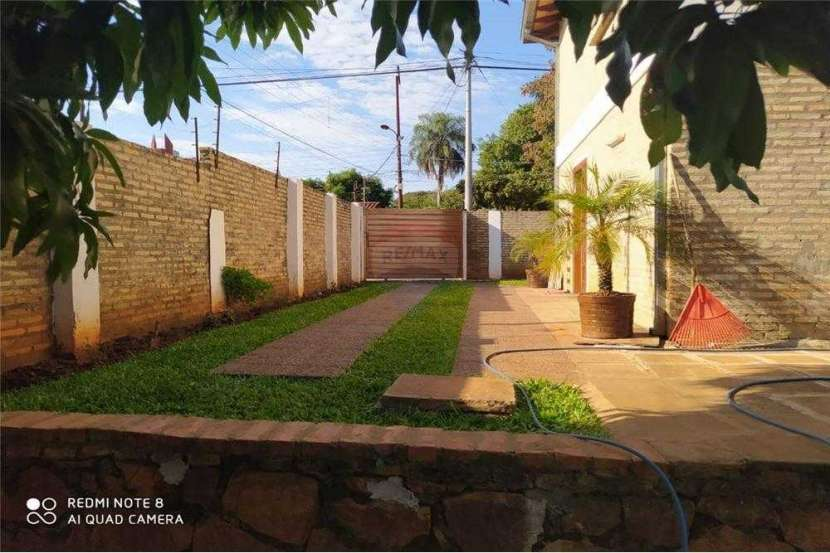 Casa en Fernando de la Mora Zona Norte - 2