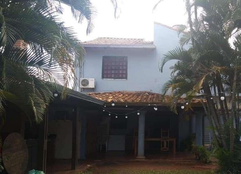 Casa en Fernando de la Mora zona Sur E2396 - 5