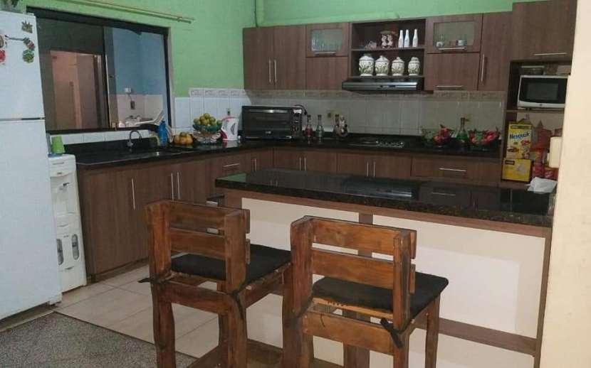 Casa en Fernando de la Mora zona Sur E2396 - 1
