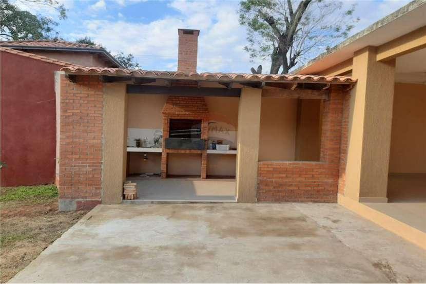 Chalet en Areguá Barrio Villa Rosita - 2