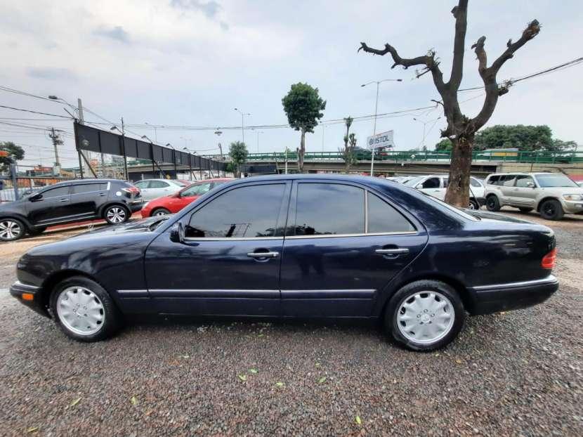 Mercedes Benz E300 1996 - 4