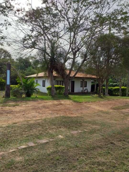 Casa en esquina en parque residencial Mira Lago - Ypacaraí - 4